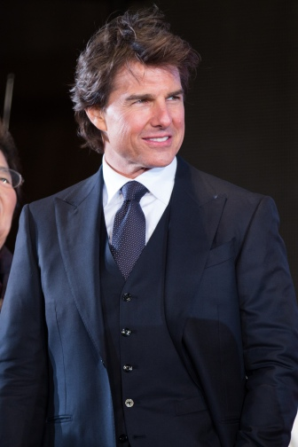 Jack_Reacher-_Never_Go_Back_Japan_Premiere_Red_Carpet-_Tom_Cruise_(35375035831)