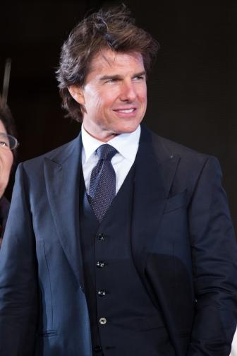 Jack_Reacher-_Never_Go_Back_Japan_Premiere_Red_Carpet-_Tom_Cruise_(35375035831)