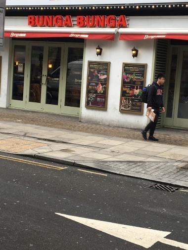 Last Run in London - The BUNGA BUNGA Cafe